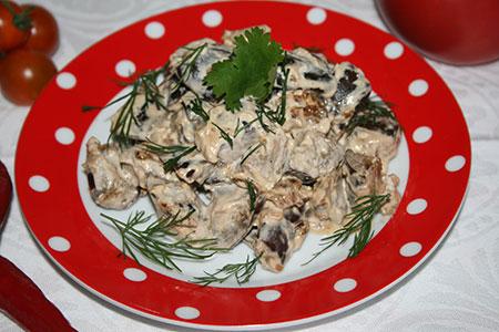 Баклажаны тушеные в сметане, как грибы